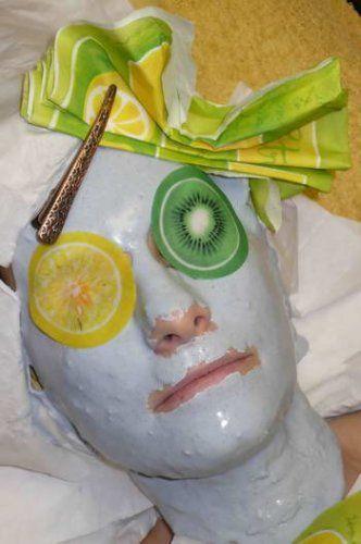 Маски для обличчя на основі лікарських рослин